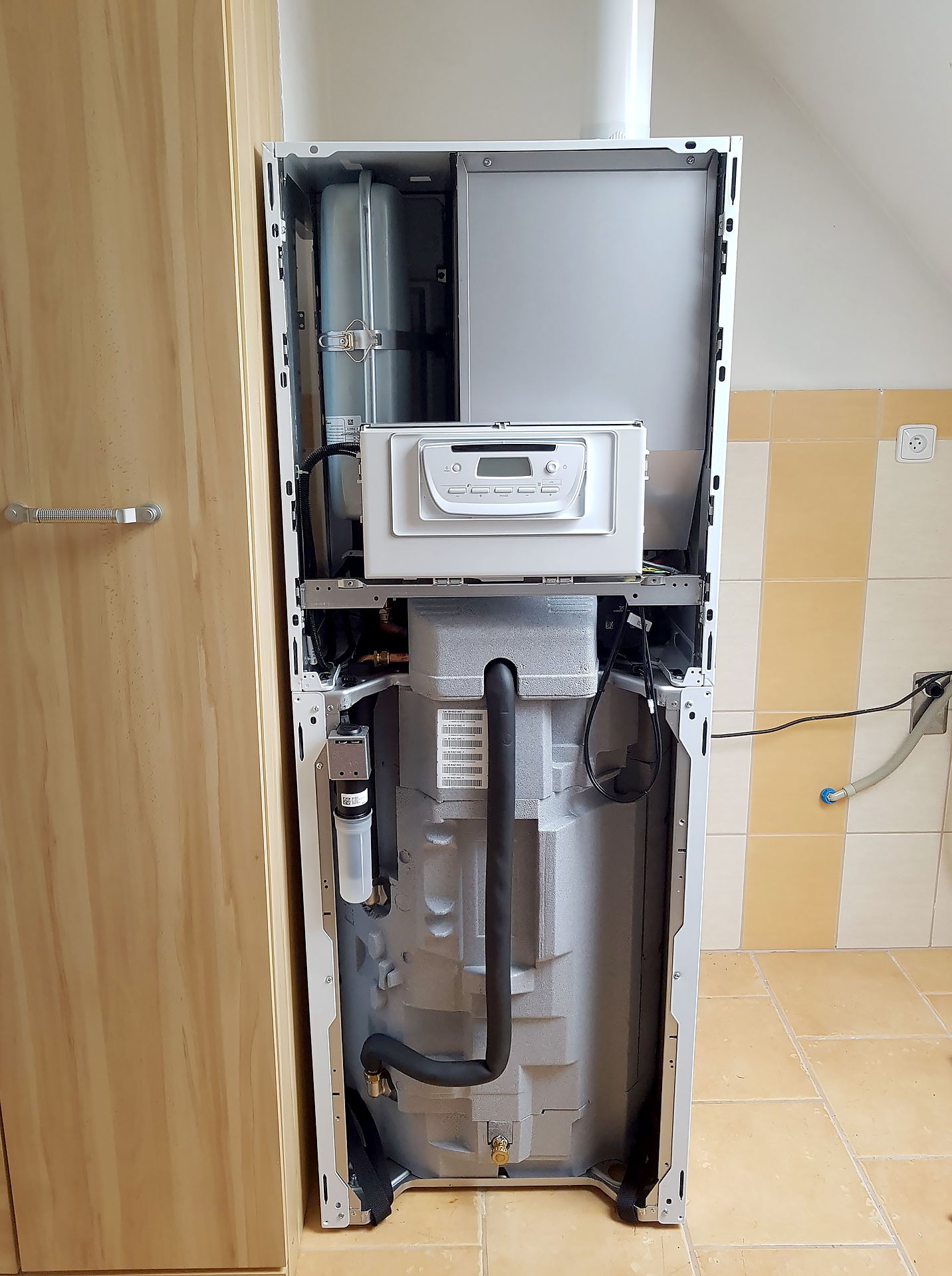 Výměna stacionárního kotle za nový kondenzační kotel Protherm LEV 30KKZ